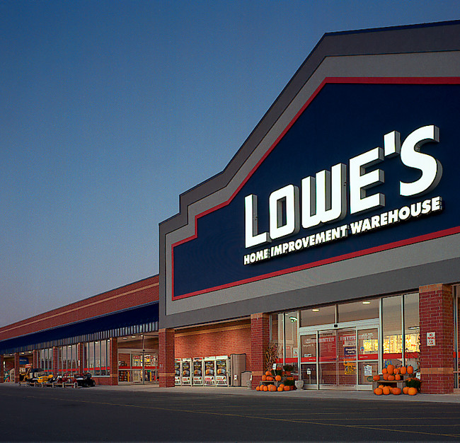 Lowes store at dusk