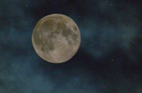 A mid-night capture of the Super Moon event. The earth and moon reach a period of close proximity.