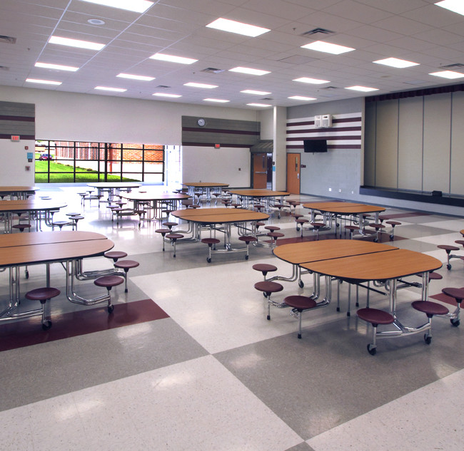 Cafeteria and multi purpose space in a middle school.