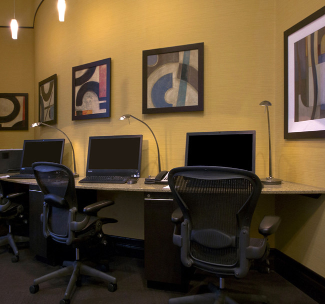 Business support area at a Hilton Garden Inn Hotel. Image is used in Hilton's web presence.